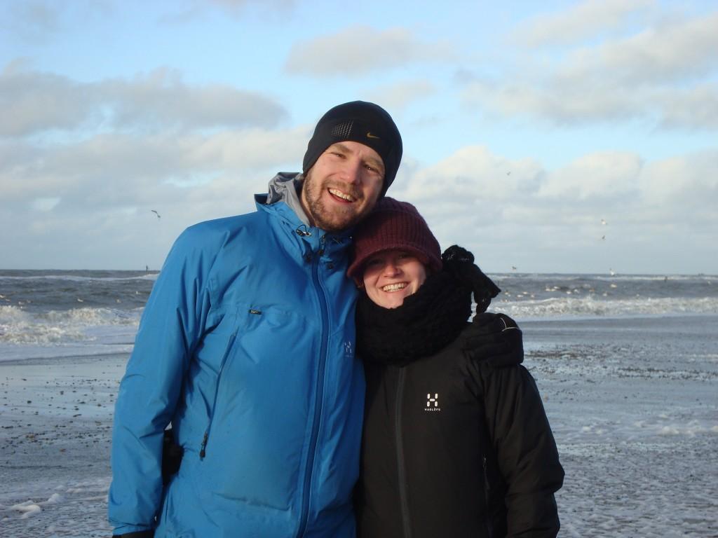 Brian og Malene ved stranden