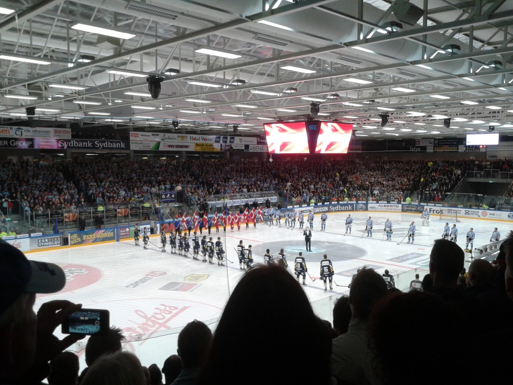 Ishockey i Vojens, nationalsang