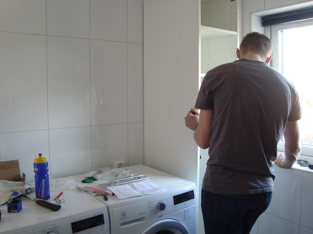 Brian laver badeværelse