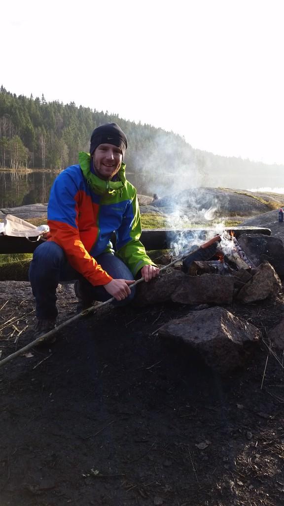 Brian ved bålet