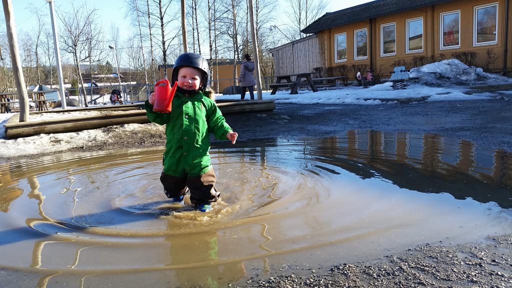 Erik vil gerne have sin helt egen vandpyt som ikke forsvinder